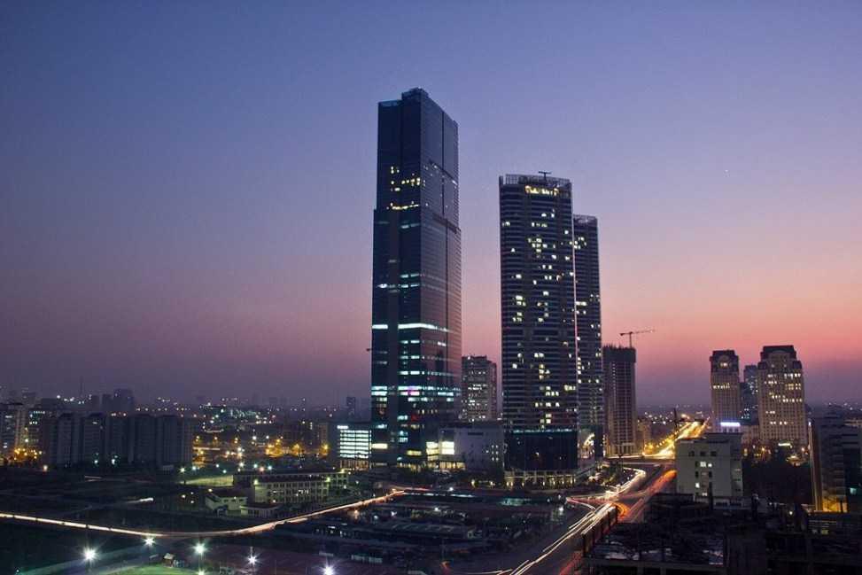 Vé vào tòa nhà Keangnam Hanoi Landmark Tower là bao nhiêu?