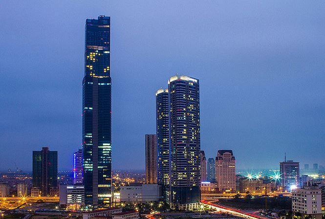 Toà KeangNam Landmark 72 cao 350m toạ lạc ngay khu trung tâm đô thị mới của Hà Nội