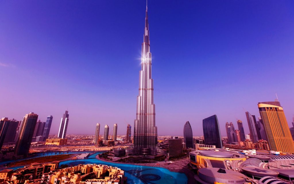 Tòa tháp Burj Khalifa ở Dubai