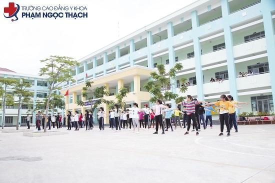 trường cao đẳng dược hcm